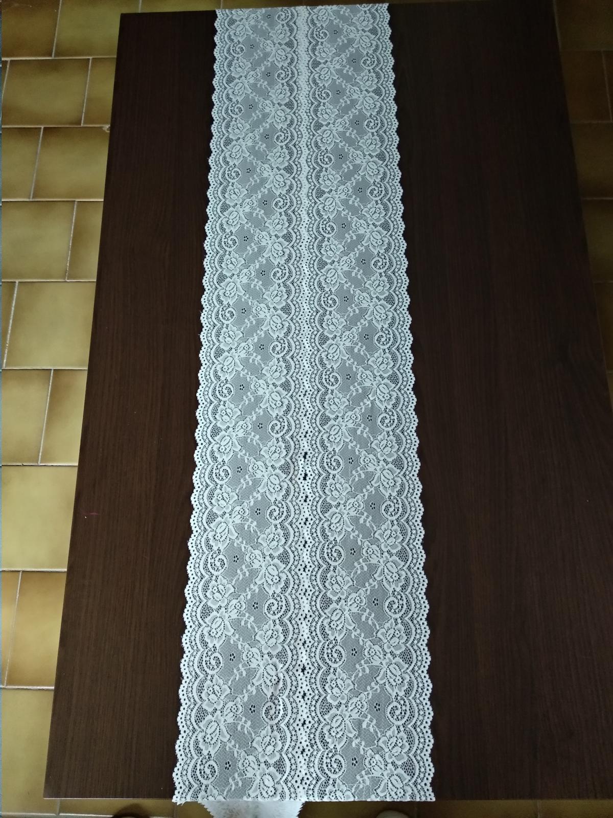 Krajkova serpa na stôl - Obrázok č. 2
