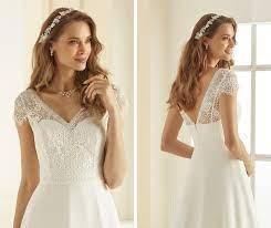 Jednoduché svadobné šaty Bianco Evento Natalie - Obrázok č. 2