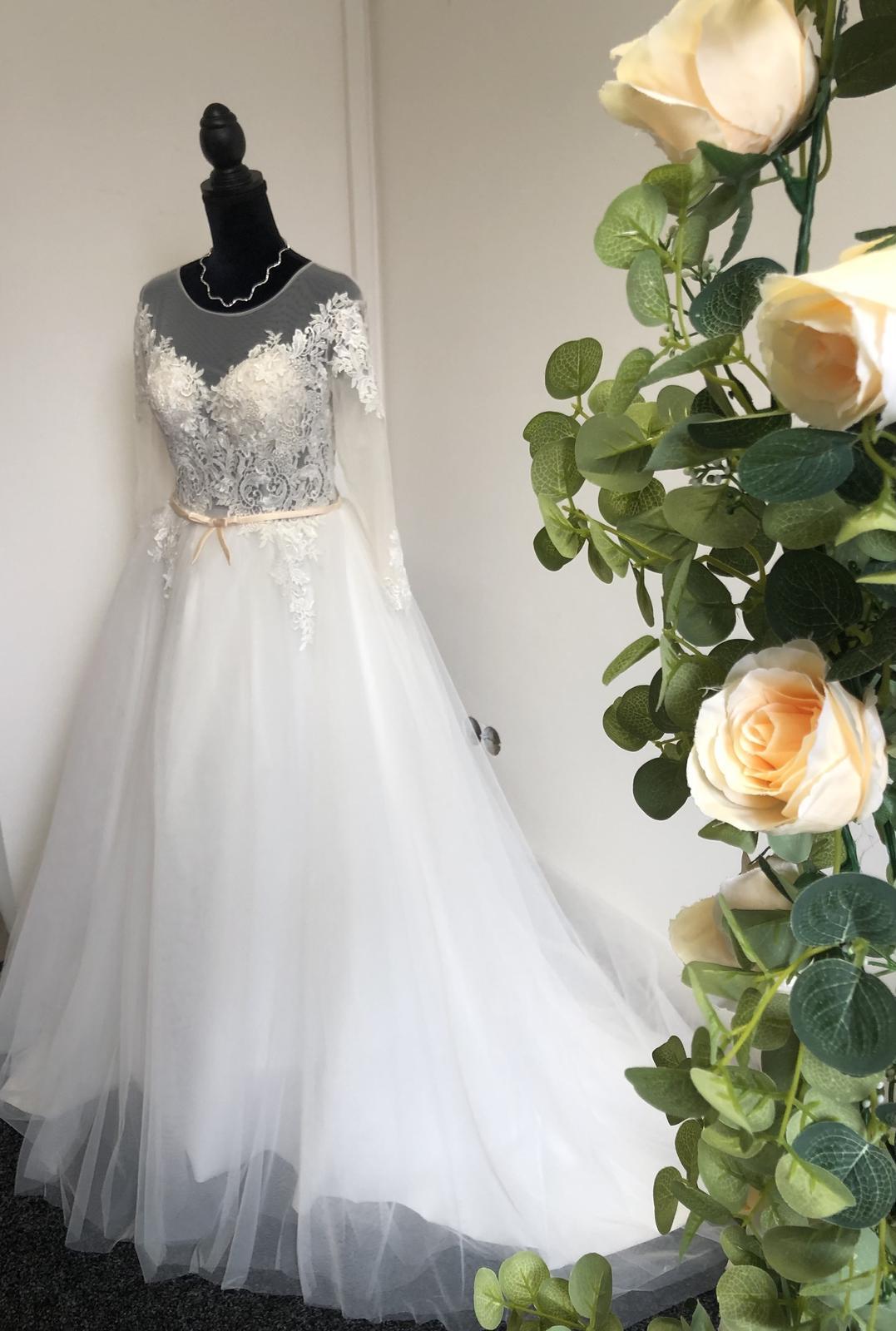 Nové svatební šaty vel 38 - Obrázek č. 1