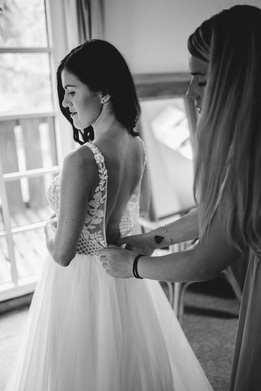 Svatební šaty Elody -   Model 055Sara - Obrázek č. 1