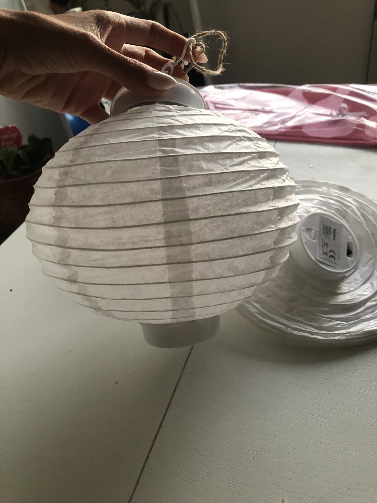 Bílé lampionky - Obrázek č. 4
