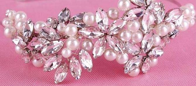 Čelenka do vlasů s perličkami a kamínky, stříbrná - Obrázek č. 1