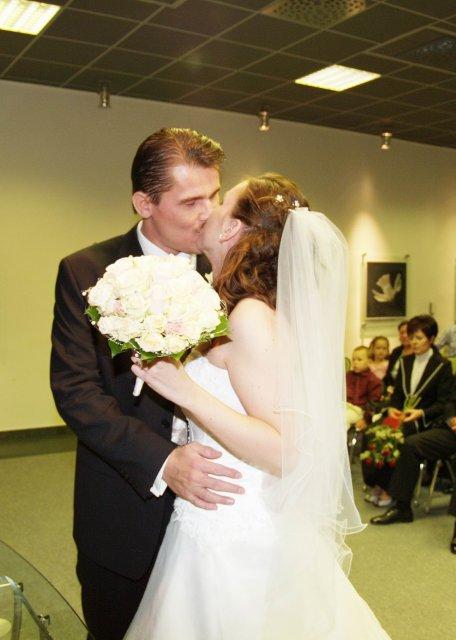 Ivanka{{_AND_}}Peťko - ...prvý manželský...