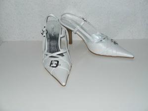 nové botičky pod šaty