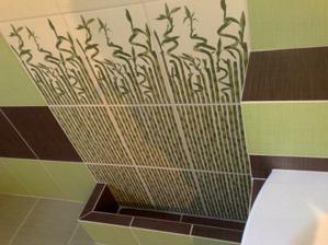 detail črepníka-neskôr doň dáme kamienky a živé bambusy