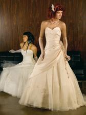 moje svadobne saty na modelke
