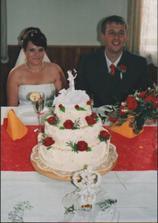 my a svatevbní dortík - naprosto nádherný (dekuju Jaruško)