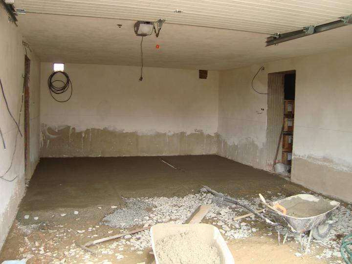 Betonování podlahy v garáži
