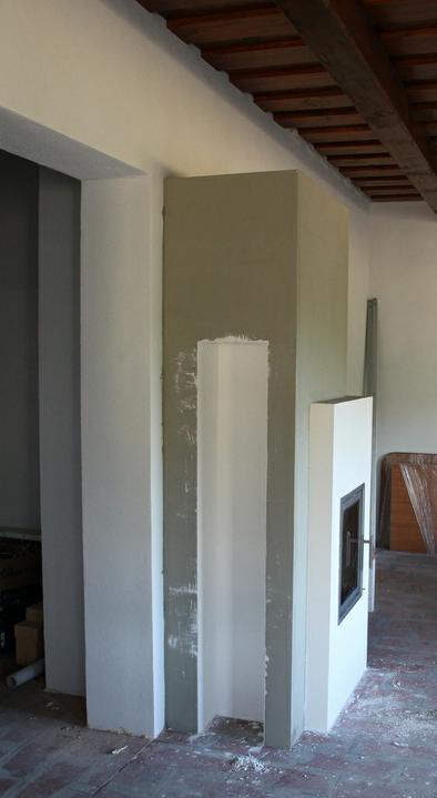 Tramovy strop, bungalow - Tak krb konecne stoji, resp. obstavba. Najdlhsie na tom celom trvalo rozhodovanie o tvare :)