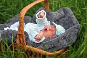 Tak tohle je naše zlatíčko :-) když byl malililinký.