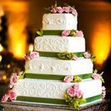 Taky krasny, s bilymi kvety/Mit weißen Rosen würde deise Torte auch sehr schön