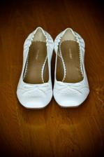 ... náhradné topánočky, ak by začali bolieť nožičky :)