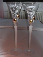 ... poháriky s našimi menami, už dorazili, sú nádherné ... :)
