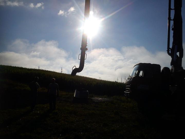 Pokracovanie - Putzmeister v rannom slnku
