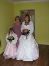 družička, maminka ženicha, nevěsta