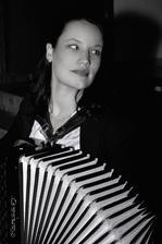 skvělá harmonikářka Klára Šmahelová