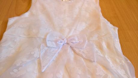 biele šaty pre slečnu - Obrázok č. 1