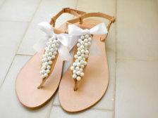 Boty buď balerínky nebo sandálky, rozhodně ne podpatky