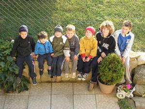 chlapci z nasej mini ulice(tri domceky)