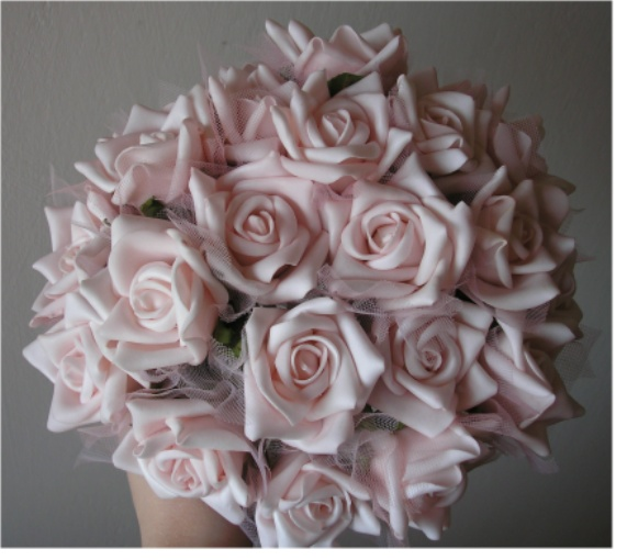 Čo postupne pribúdalo - Ružičky na moju kytičku.