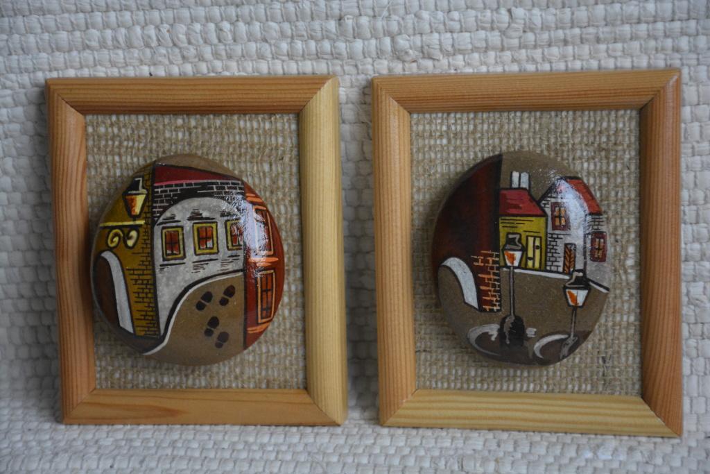 Set dvou ručně malovaných kamenů - Obrázek č. 1