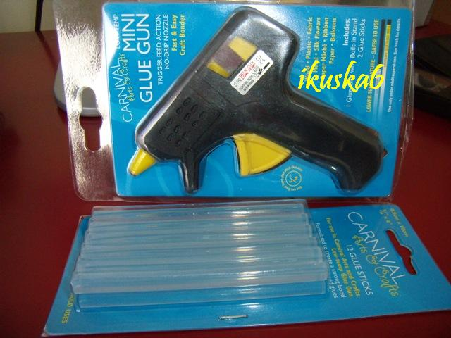 R+S 18.10.2008 - pomocnik pri vyrobe vyzdoby. kupila som ju v zahranici.