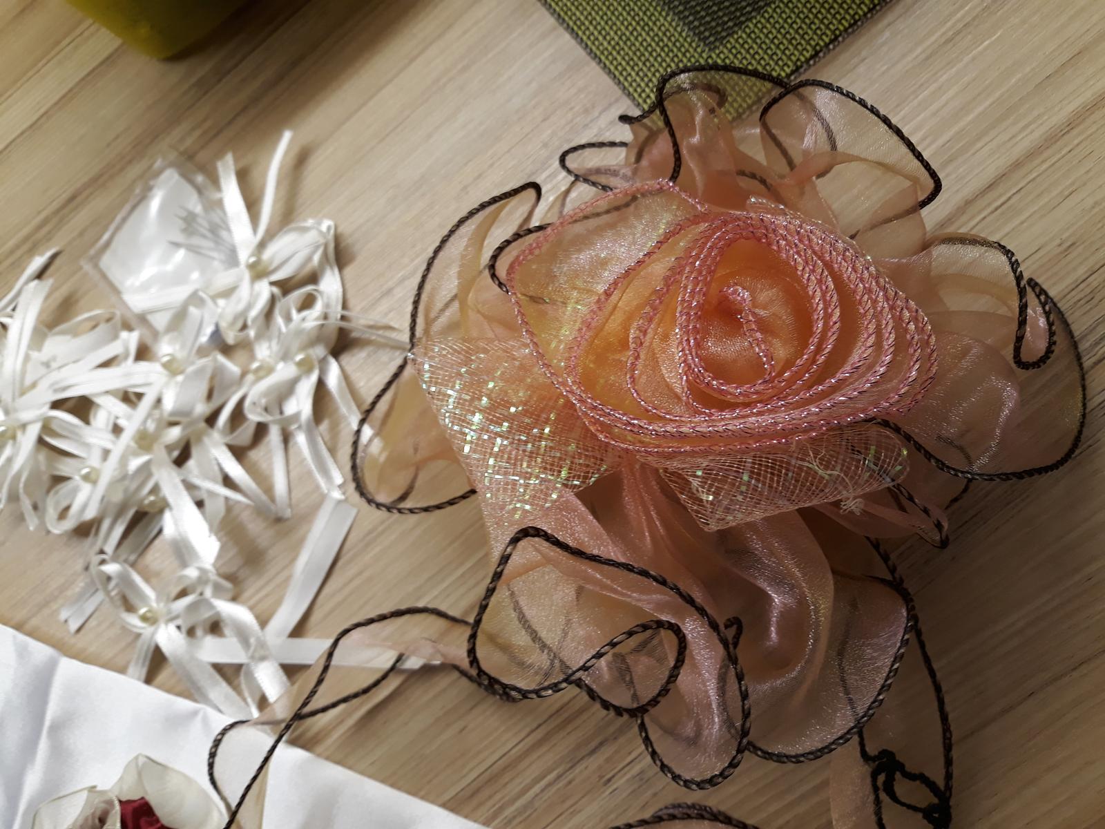 Svatební dekorace , mašle, krabice, bryndák, podvazek.. - Obrázek č. 4