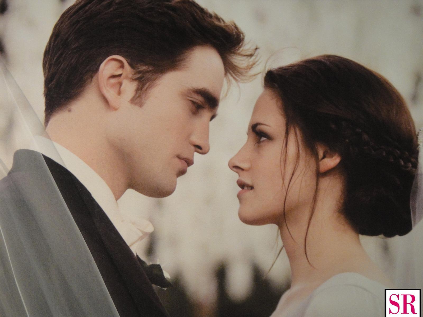 Najkrajšie svadobné fotografie 💑 - Upíri nesmú chýbať :-)
