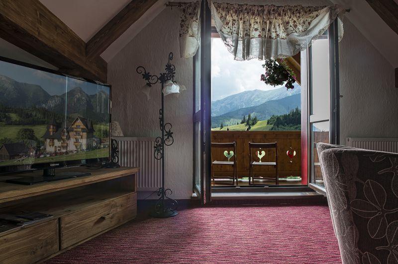 Naša romantic-rustic svadba ♥ - Svadobná noc - Apartmán Grand - Penzión Strachan Ždiar :)