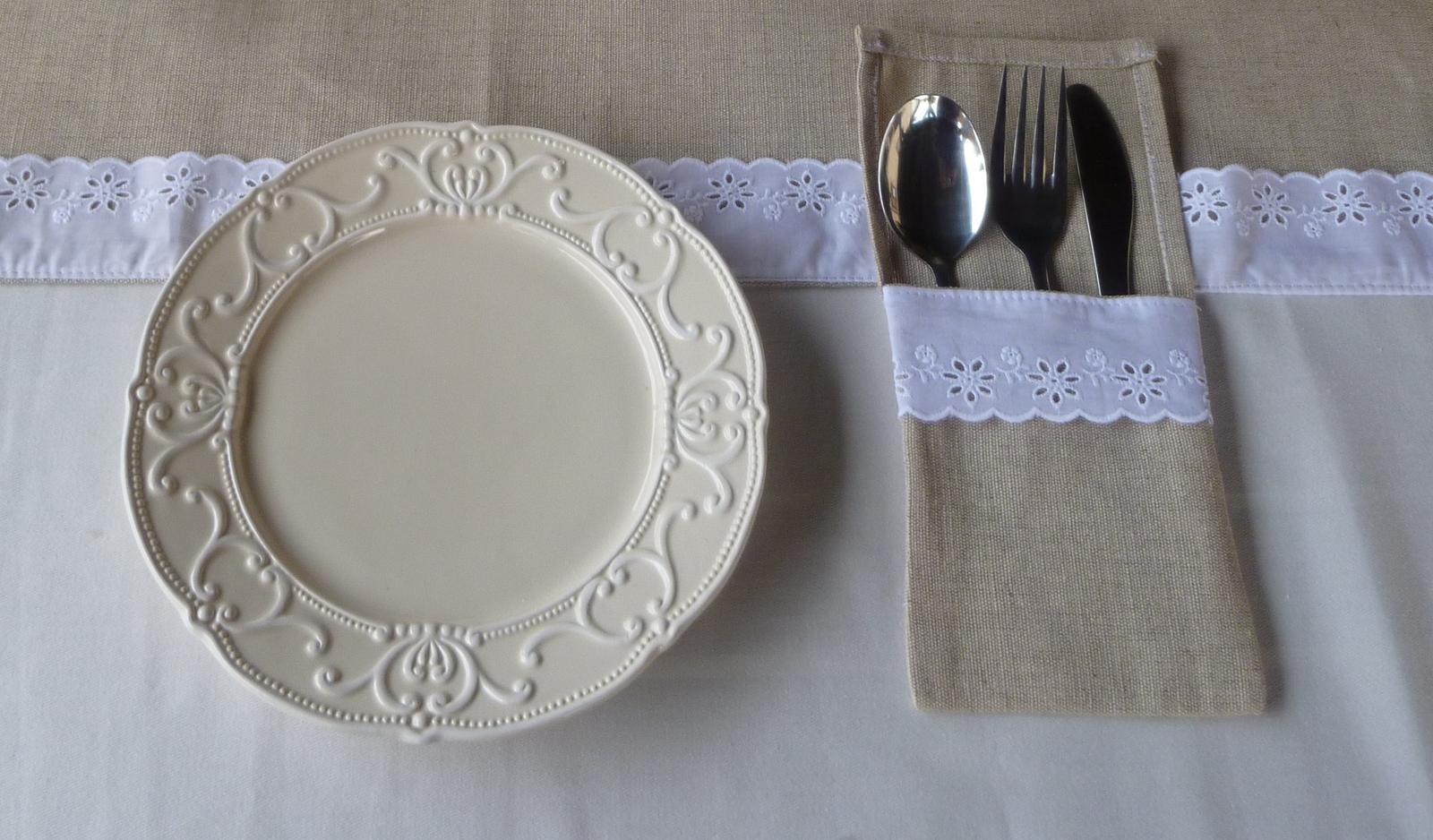 Naša romantic-rustic svadba ♥ - Podobne to bude na stole vyzerať :-)