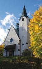 Pán farár mi dnes poslal fotku nášho kostolíka :-)