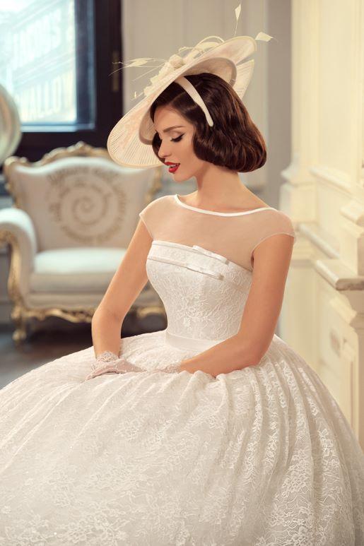 Najromantickejšie šaty všetkých čias 👰 - Obrázok č. 3