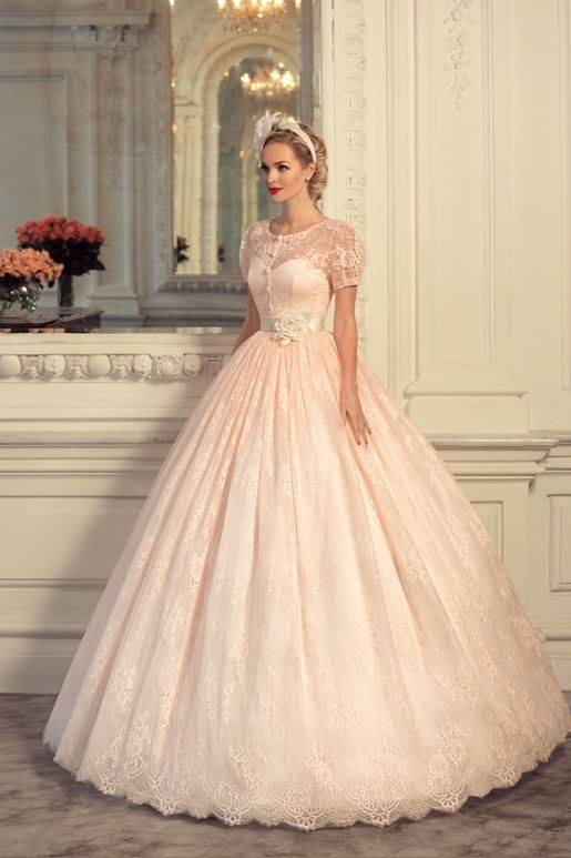 Najromantickejšie šaty všetkých čias 👰 - Obrázok č. 4