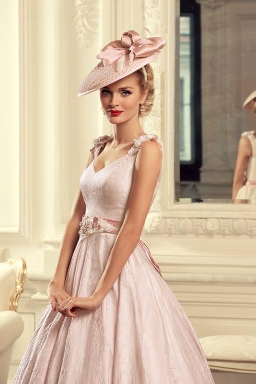 Najromantickejšie šaty všetkých čias 👰 - Obrázok č. 17