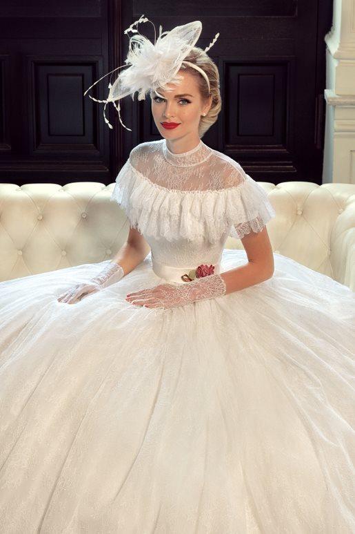 Najromantickejšie šaty všetkých čias 👰 - Obrázok č. 18