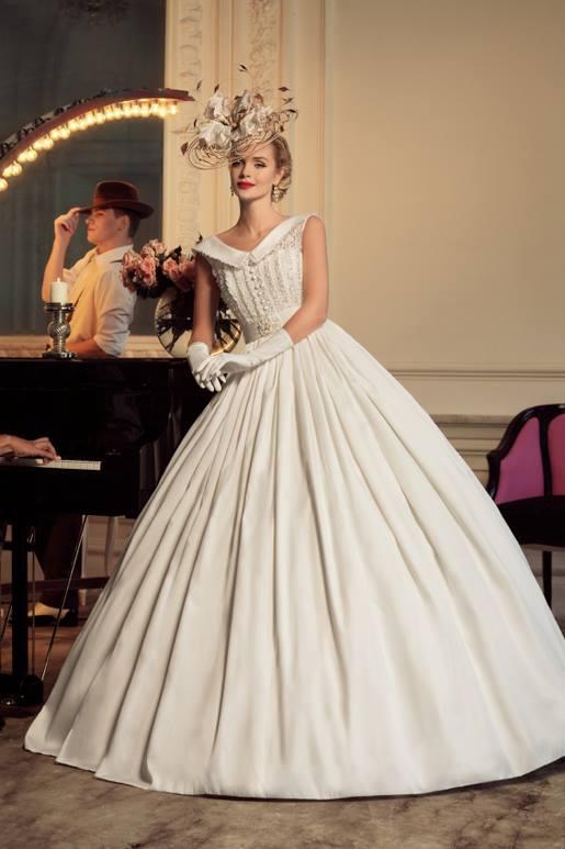 Najromantickejšie šaty všetkých čias 👰 - Obrázok č. 38