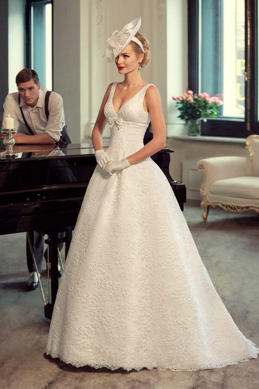 Najromantickejšie šaty všetkých čias 👰 - Obrázok č. 43