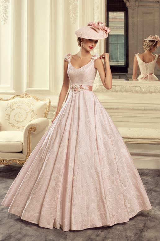 Najromantickejšie šaty všetkých čias 👰 - Obrázok č. 44