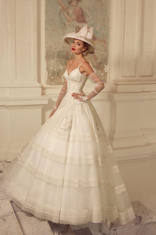 Najromantickejšie šaty všetkých čias 👰 - Obrázok č. 54