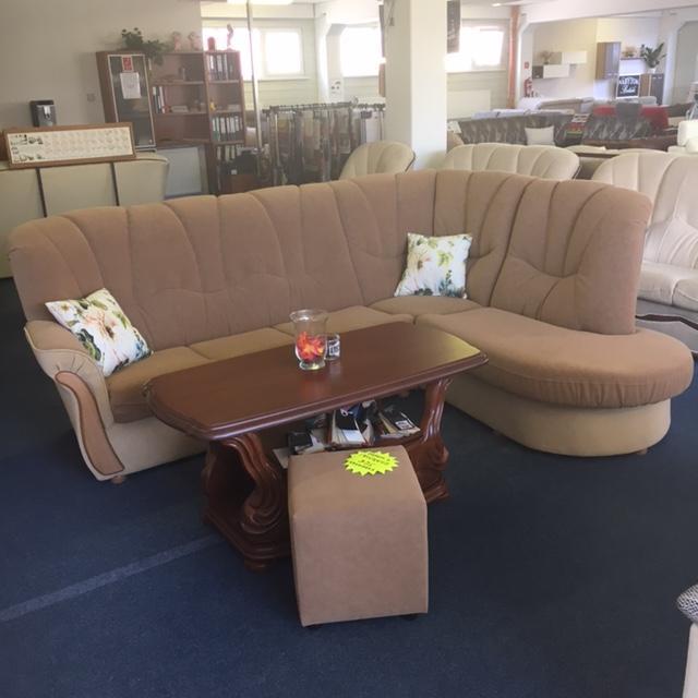 Rohová sedačka s taburetkou - Obrázok č. 2