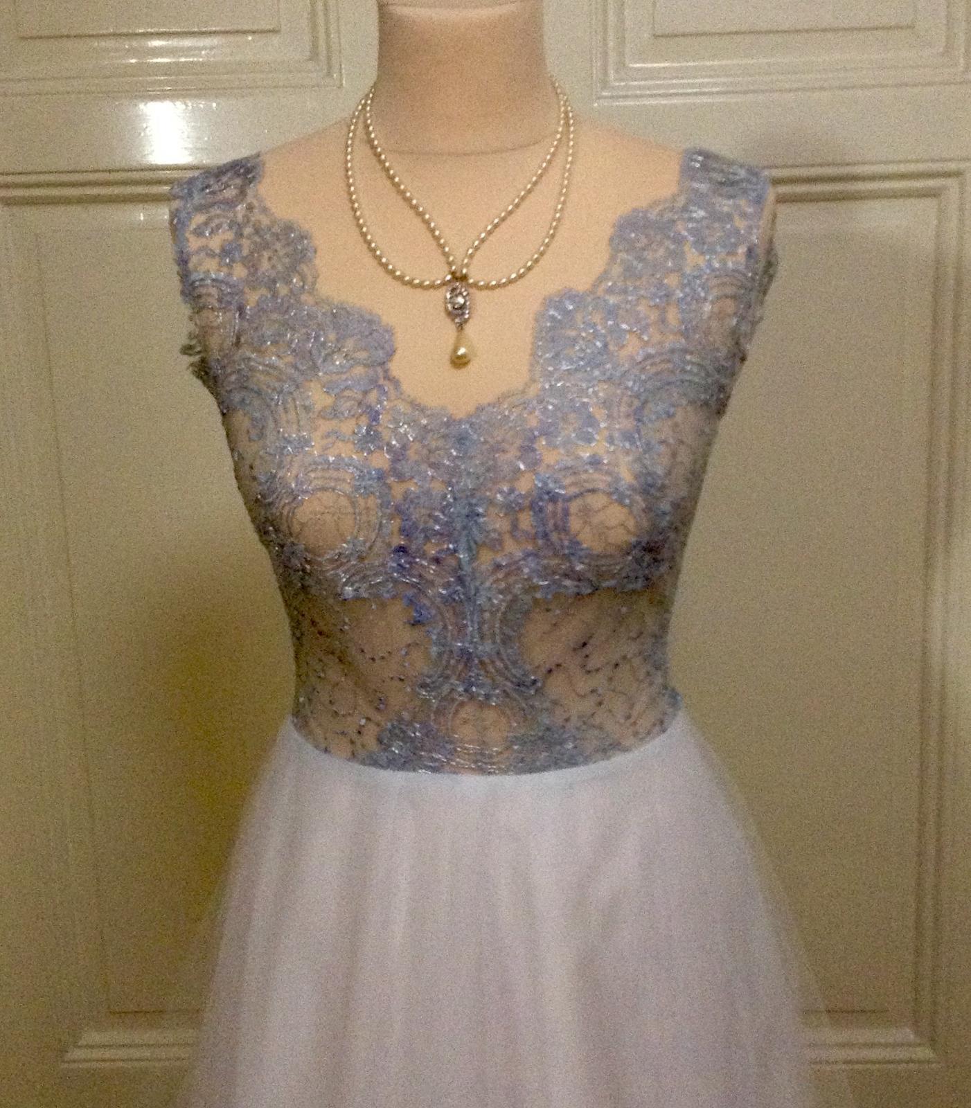 Šedomodré šaty - Obrázek č. 4