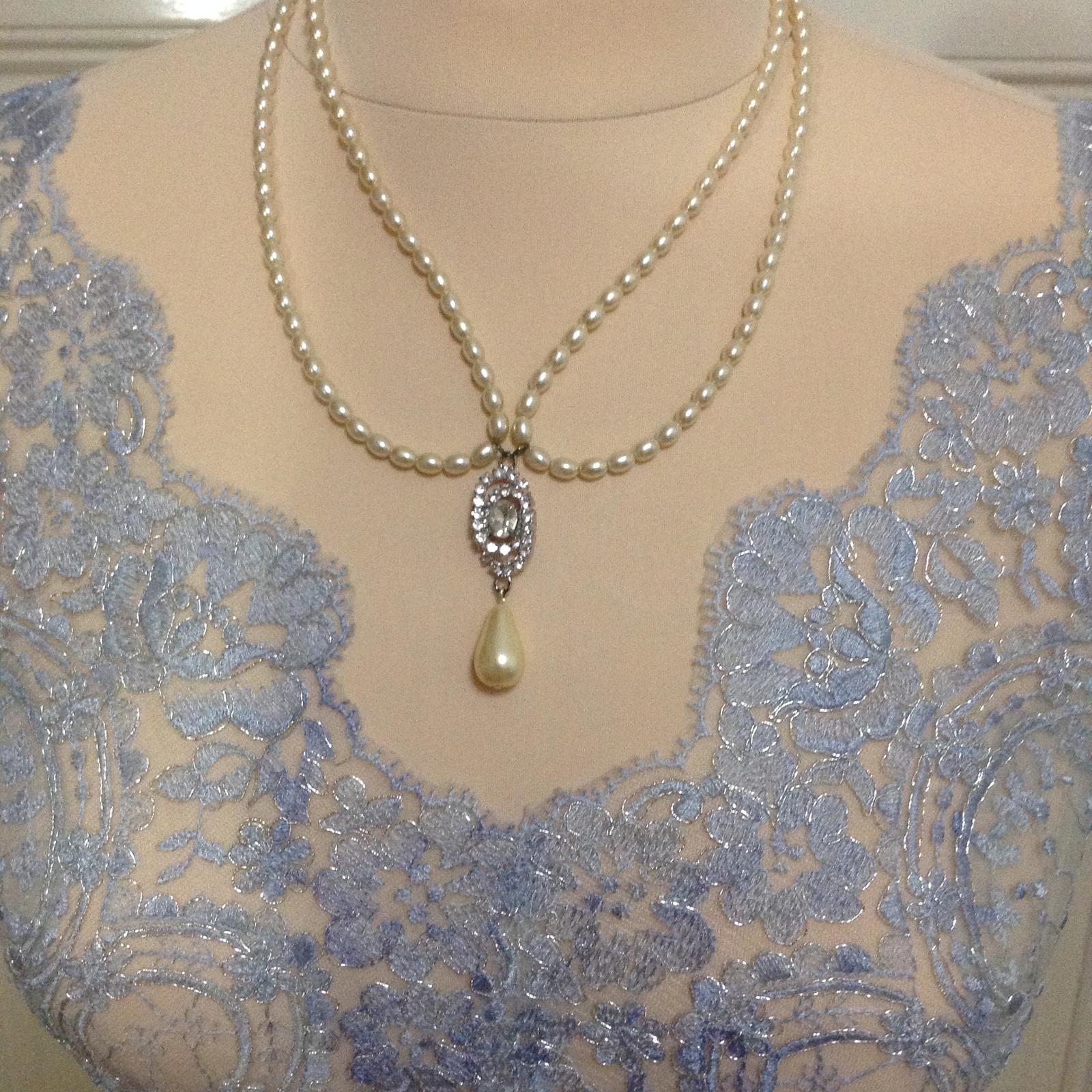 Šedomodré šaty - Obrázek č. 5