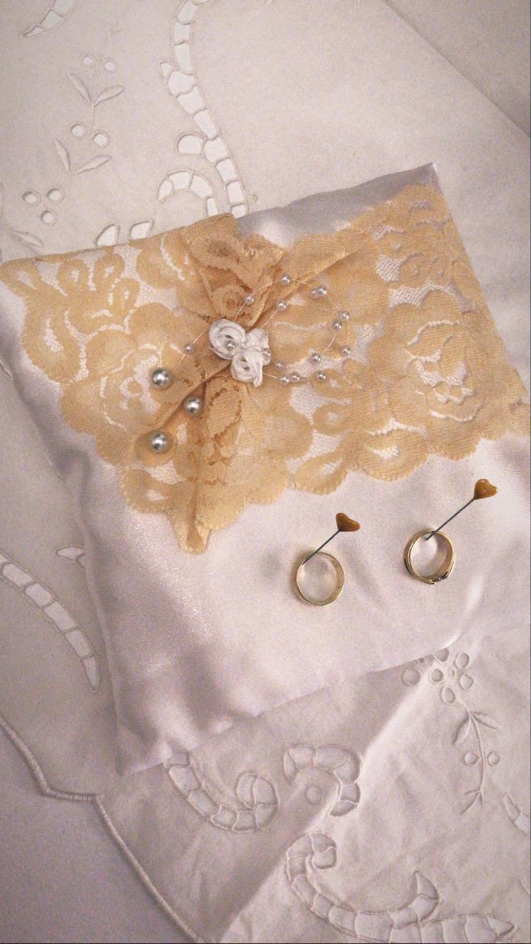 Vankúš na prstene béžový - Obrázok č. 1