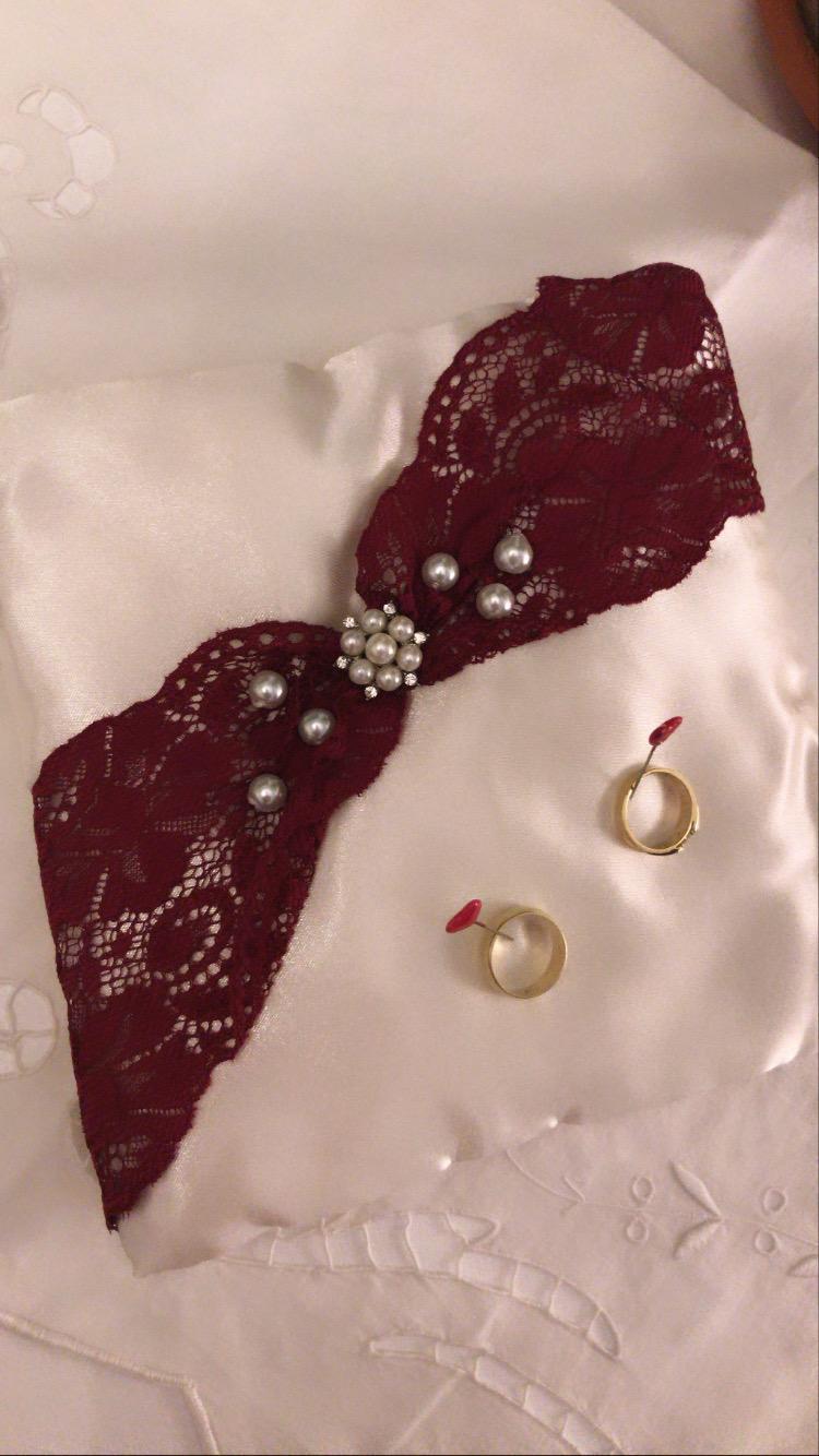 Vankúš na prstene bordový - Obrázok č. 1
