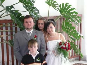 ..my dva s mou sestřenkou a bratránkem...