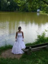 ...na procházce u rybníka...
