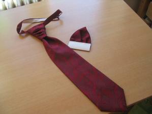 kravata a kapesníček