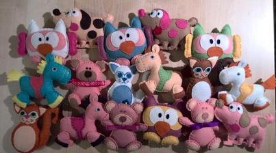 Hračky jako součást jmenovky pro všechny dětské svatebčánky.