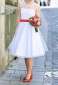 Retro kratke svadobne saty s bodkami , 36
