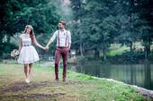 Folklórní svatební šaty originální, 38